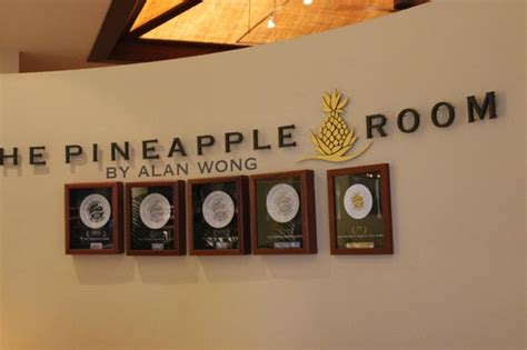 pineapple room menu special new year drinks picture of the pineapple room by alan wong honolulu tripadvisor