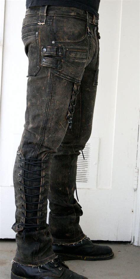 kleiderschränke mit vielen fächern 1000 ideen zu alte stiefel auf alte schuhe