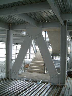 Multi storey office buildings   Steelconstruction.info