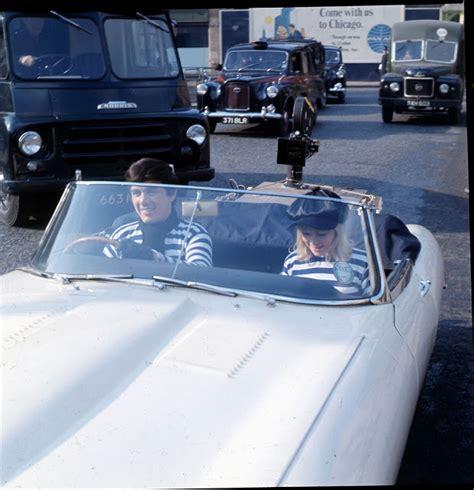 Lamborgini Jam Tangan Pria Mewah kumpulan foto rock dengan mobil kesayangan mereka