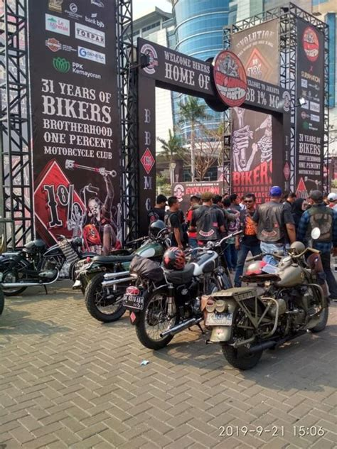 anniversary   bikers brotherhood  mc  kickin