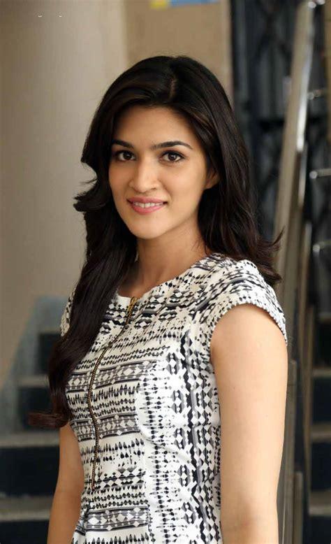 bollywood heroine hot news hot hindi actress wallpapers group 43