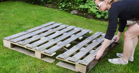 How To Make A Strawberry Planter Out Of A Pallet by How To Build A Diy Strawberry Planter Out Of A Wood Pallet