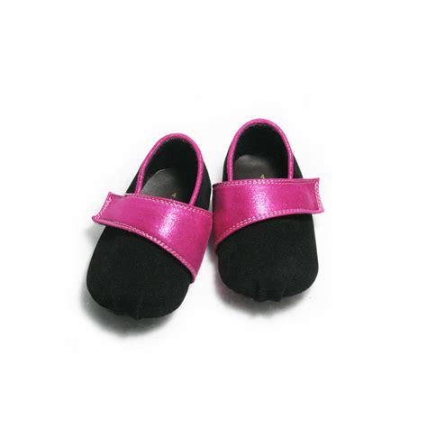 Sepatu Spatu Sandal Sendal Baby Bayi 161e 2 By Dulux M168 mainan bayi perempuan usia 3 bulan mainan oliv