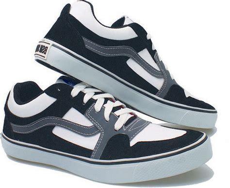 Sepatu Casual Pria Nike Cortez Textile Biru sepatu kets pria soga bay 878