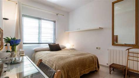 soleada habitacion en casa bien equipada increibles