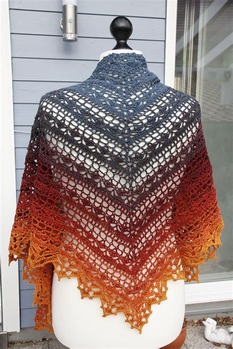 ravelry pattern finder bruinen shawl by jasmin r 228 s 228 nen free crochet pattern