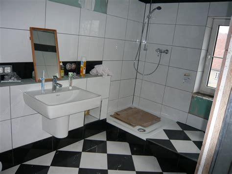 fensterbrett gefliest mopsis baublog dusche ist einsatzf 228 hig aber noch nicht fertig