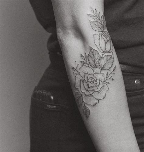 tattoo around ribs 25 best ideas about rose rib tattoos on pinterest
