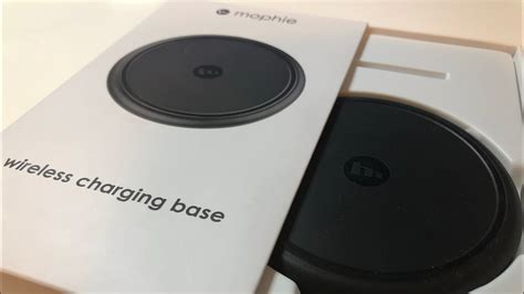 Mophie Wireless Charging Base unboxing of mophie wireless charging base 4k