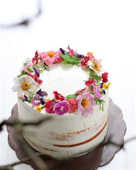 Edible Wedding Cake Flowers by Edible Flower Cakes Let You Enjoy Beautiful Blooms In
