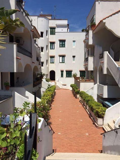 ischia appartamenti vacanza in provincia di napoli a ischia compro casa ischia in vendita e affitto su