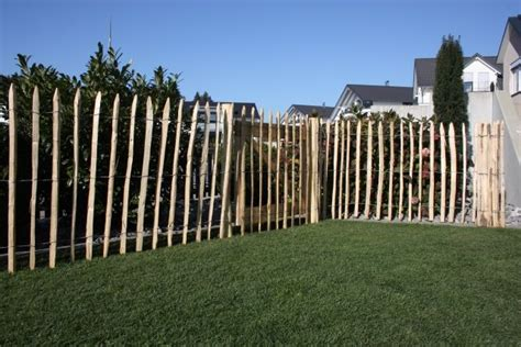 terrasse 80 cm hoch kastanien staketenzaun 80 cm hoch gartenholz