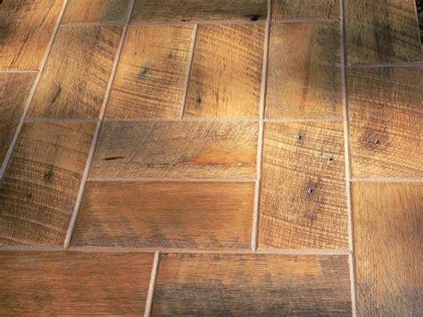 Barnwood Bricks ®, God's Country, Tennessee, Barnwood Bricks