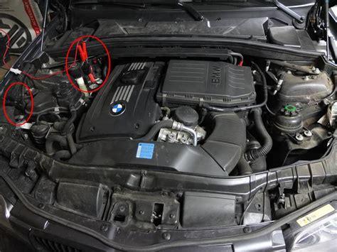 Bmw 1er Cabrio Batterie Laden by Bmw Le Jour O 249 J Ai Cherch 233 Ma Batterie Sous Le Capot