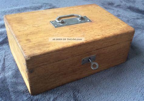 alte obstkisten aus holz alte geldkassette aus holz mit schl 252 ssel