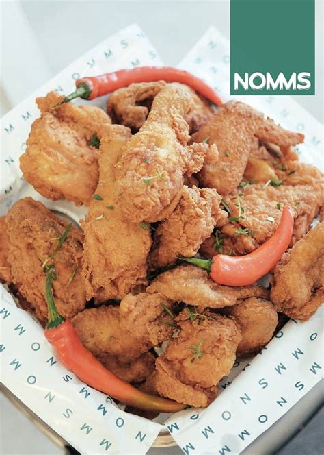 nomms ss serves delicious fried chicken