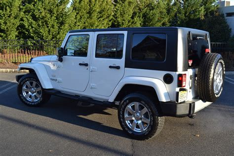 2010 Jeep Wrangler Unlimited 2010 jeep wrangler unlimited pre owned