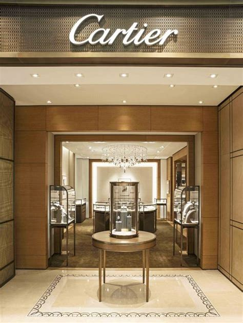 cartier store decoration  jewelry store design