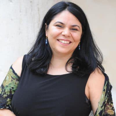 Murgia Michela Biografie Scrittori Poeti Artisti Wuz It