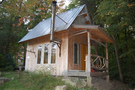 small metal cabins small metal roofed cabin small house living exteriors