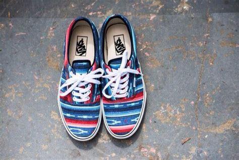 blue pattern vans shoes shorts sneakers vans patter atztec aztec