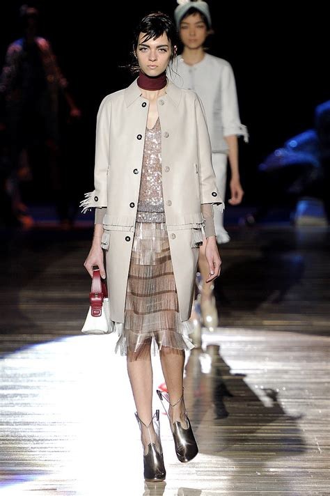 runway review and pictures of bianca spender spring summer marc jacobs spring 2012 review vogue