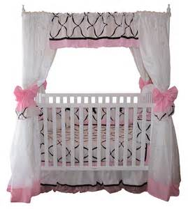 Disney Princess Canopy Crib by Disney Princess Crib