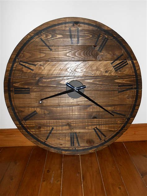 wood clock coach house crafting on a budget pallet wood clock