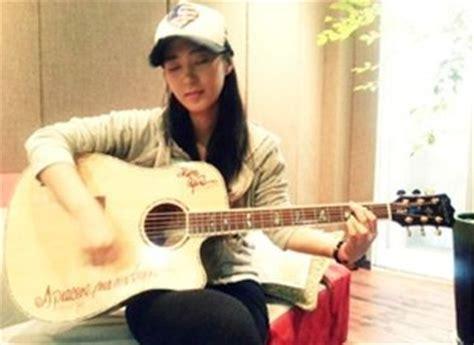 yuri quot snsd quot latihan gitar sai jari melepuh 27962