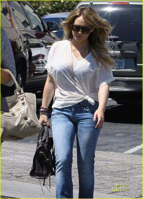 Hilary Duff Sends by Hilary Duff Sends Light And To Hurricane Victims