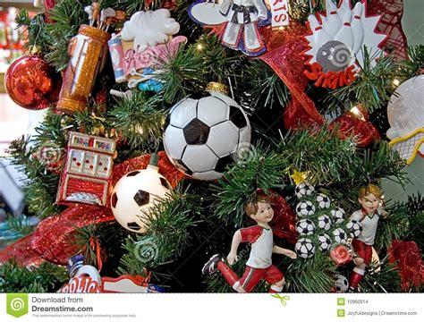imagenes navidad futbol 193 rbol de navidad tem 225 tico del f 250 tbol foto de archivo