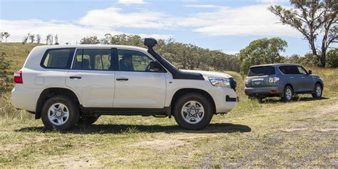 nissan and toyota nissan patrol v toyota landcruiser comparison photos 1