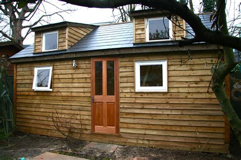 custom built garden rooms garden buildings cabins and