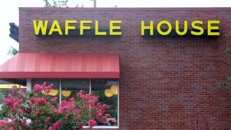 waffle house ceo waffle house sex scandal ceo accused of degrading