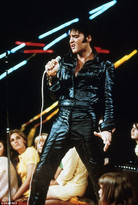 To Make Comeback In Vegas by Why Elvis Never Toured Britain Daily Mail