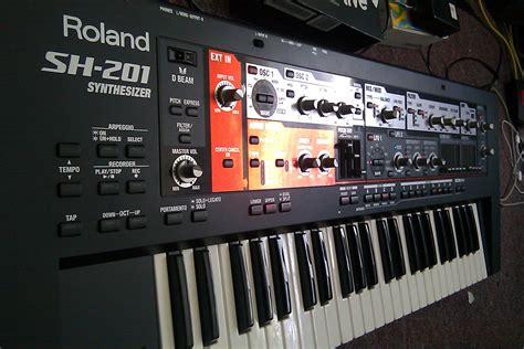 Keyboard Roland Sh 201 Roland Sh 201 Versus Sh 01 Gaia Jim Atwood In Japan