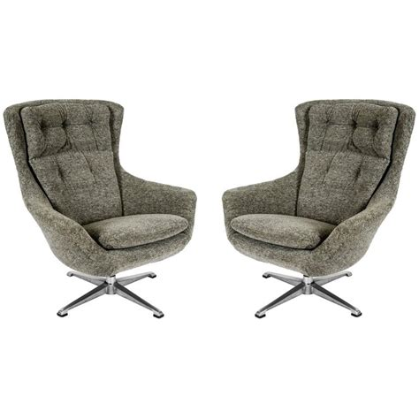 Swivel Armchairs For Sale by Swivel Armchairs For Sale 28 Images Arne Jacobsen Swivel Armchair For Sale At 1stdibs