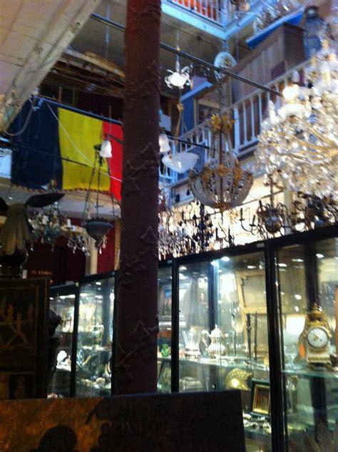 tienda vintage muebles tiendas vintage en bruselas ruta por des marolles blog