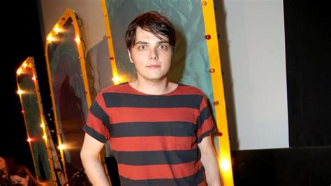 young gerard way the shape of gerard way face when he was whatever happened to my chemical romance