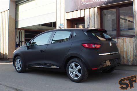 Fußmatten Auto Renault Megane by Renault Clio In Matte Black The French Batmobile