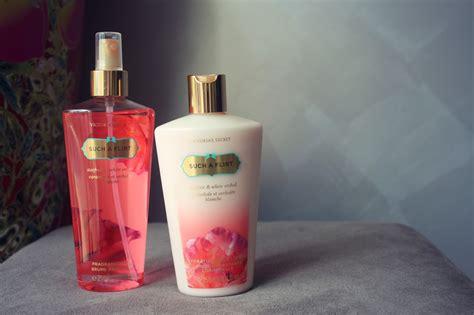 Parfum Secret Fragrance Mist fragrance mist hydrating lotion gift set gift ftempo