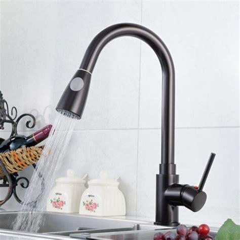 acqua marrone dal rubinetto single promozione fai spesa di articoli in