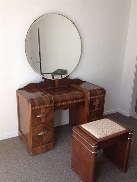 1930s bedroom furniture 1930s art deco waterfall bedroom furniture 6 by