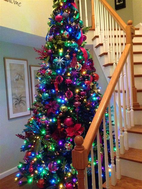 six unique ways to decorate your christmas tree