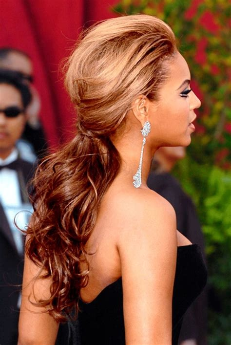 Beyonce Pin Up Hairstyles by Beyonce S Greatest Hairstyles 31 Ideas For Curly