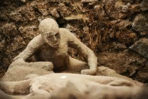 Wasp 3d prints bodies of pompeii bodies