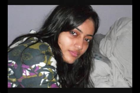 Make Up Di Zoya zoya qubool hai without makeup www imgkid the