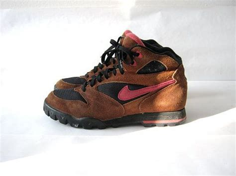 Nike Trekking Brown Brown pin by birdies vintage on 90s revival grunge fashion