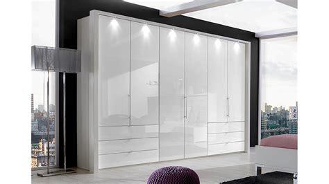 schlafzimmerschränke weiss kleiderschrank loft schrank in wei 223 und wei 223 glas 300 cm